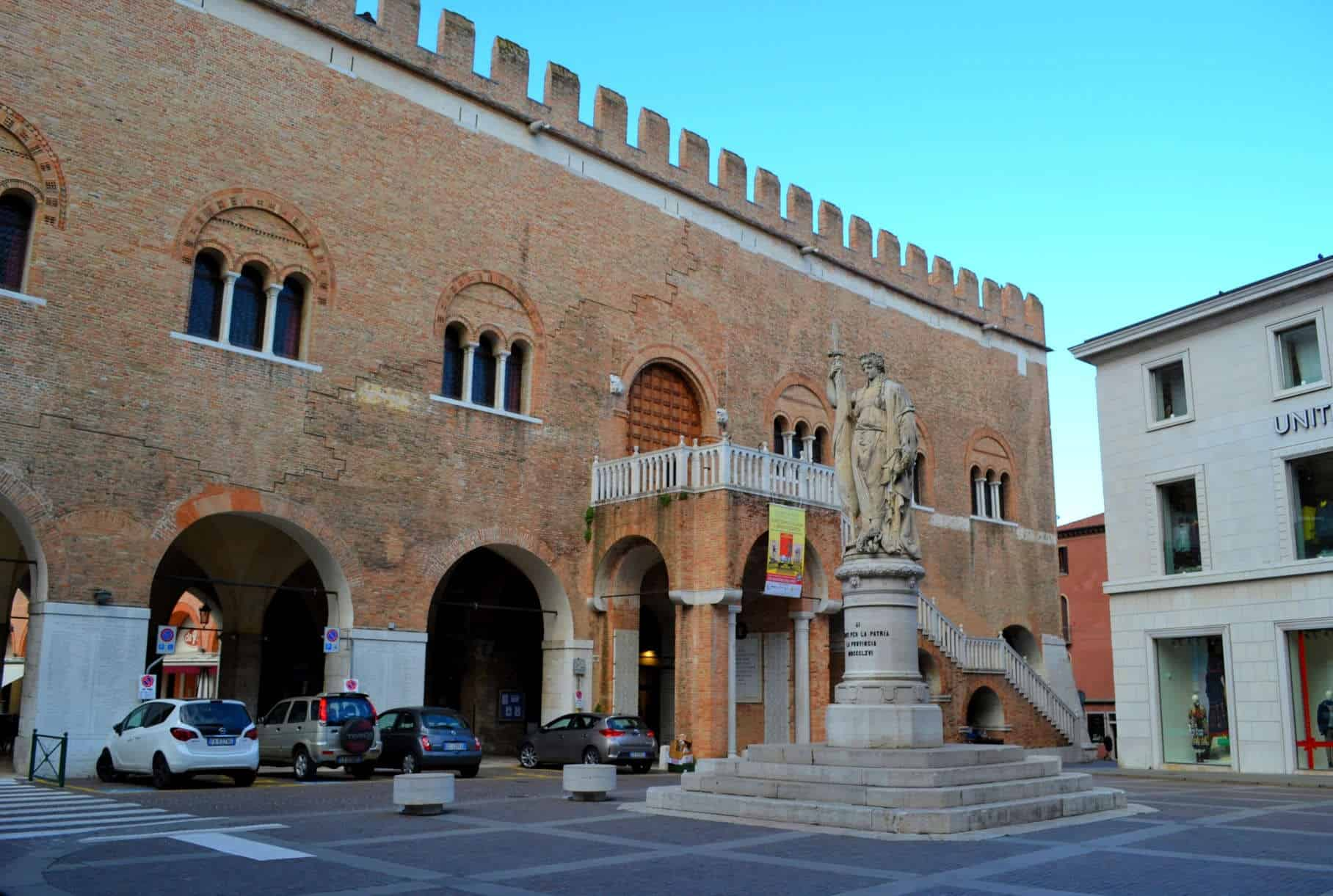 Treviso Piazza Indipendenza